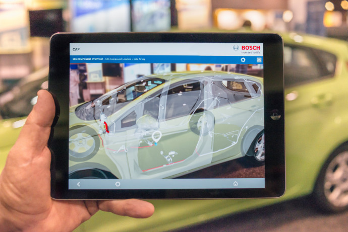 Augmented Reality: Having an eye on key information at the right time